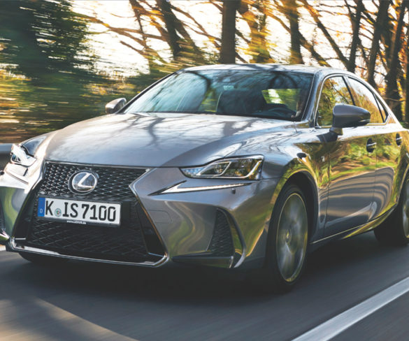 Road Test: Lexus IS 300h
