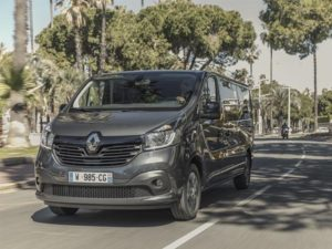 Renault Trafic Spaceclass Targets High End Shuttle Market
