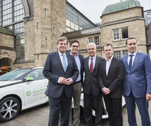 Largest Toyota Mirai FCV fleet begins work in Hamburg