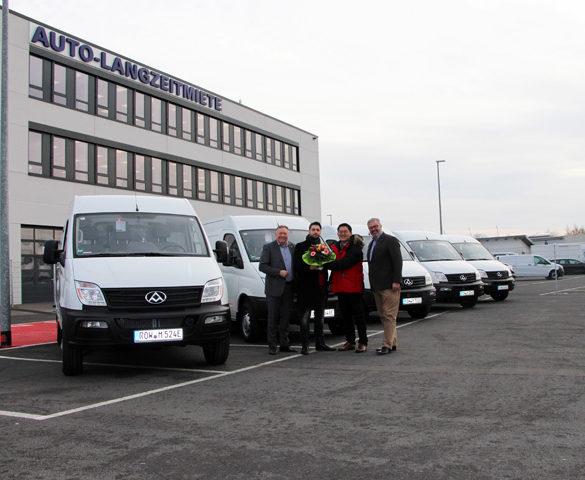 SAIC starts initial deliveries of Maxus EV80 electric vans