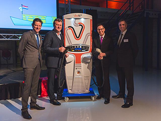 Tritium's new EU headquarters was opened by Australia's Ambassador to the Netherlands, Dr Brett Mason, former parliamentarian and senator for Queensland