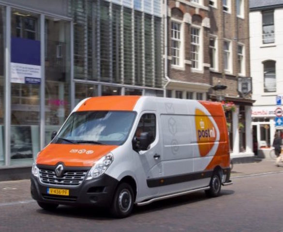 PostNL becomes first fleet in Europe to deploy Master Z.E.