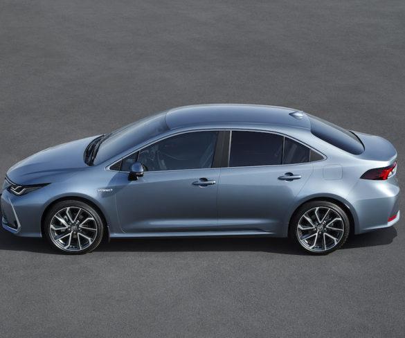 Toyota Corolla sedan revealed