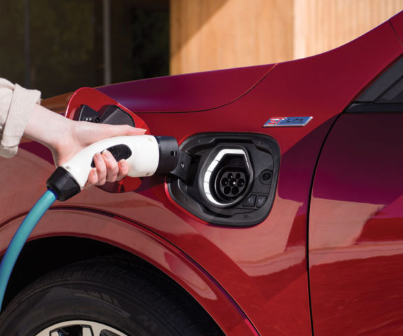 European charging network must increase 20-fold to meet CO2 targets, say carmakers