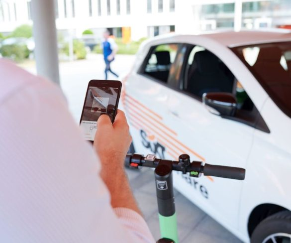 Sixt expands mobility platform with e-scooters