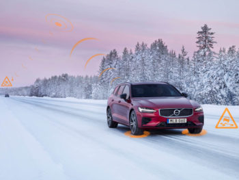 Volvo Cars' safety technologies already communicate between its own vehicles